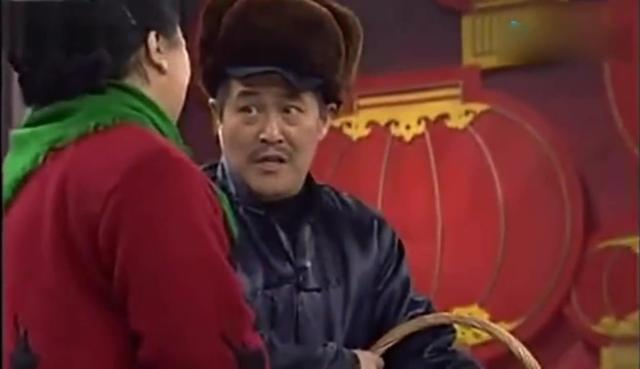 她成名比赵本山早,为范伟直言,赵本山让她三分