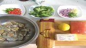 5分钟学会做海鲜:【香煎三文鱼】厨艺的提升是一个循序渐进的过程,视频中介绍的只是一个大致的过程,具体-美拍美食视频第12季-美拍美食