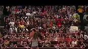 WWE美国职业摔角最新赛事:送葬者放倒比赛台上所有人ly