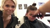 长发萝莉第一次剃发,内心是奔溃的,剃完后才发现他是男孩-看世界牛人故事-杰哥爱生活