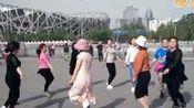 甘肃龙泉开心广场舞《红歌圈圈舞》