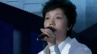 《快乐女声》李霄云演唱《白月光》