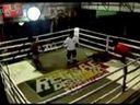 泰拳版WWE!道具+飞踹一个都不能少 www.3mao3.com