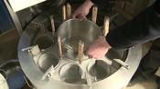大叔发明自动面条机,吃过的人都以为手工做的,一天轻松卖上百碗