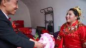 山西一小伙打工飞黄腾达,风风光光娶等他四年的姑娘,新娘好高兴