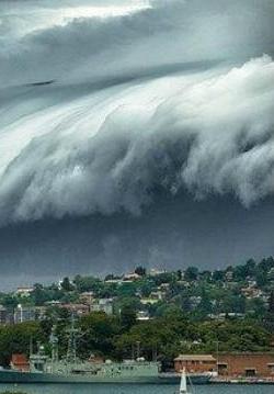 2012只是电影 2011年日本海啸监拍告诉你什么是世界末日