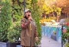 一首《不变的情缘》,街头歌手冰冰唱得很好听