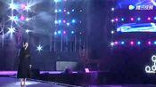 首富王健林也爱唱的这首《西海情歌》,演出现场下起了大雨