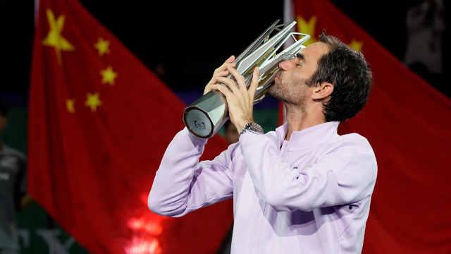 费德勒横扫纳达尔上海大师赛夺冠!