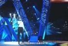 没想到撒贝宁唱歌这么好听,一首《我爱你中国》引起观众含泪合唱