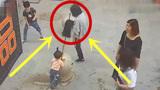 姐姐的无知举动,差点害死2岁妹妹,监控拍下惊心5秒!