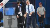 乌拉圭告别世界杯:71岁老帅患病拄拐执教 球员哭着完赛小球迷痛哭-新京报动新闻娱乐体育-新京报动新闻