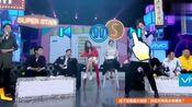 刘维哑着嗓子唱《最美的期待》,成功让观众完成了假唱