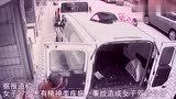 女子坠楼落在面包车上,侥幸留下一条命,拍下全过程