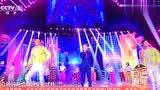 小黎星艺术团为央视主持人周伟伴舞《失恋战线联盟》拍摄:王秀琴