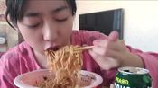 【小小舒】康师傅香辣牛肉拌面+韩国葡萄汁+没洗头的小小舒