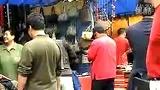 视频:   摆地摊卖什么最赚钱