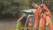 电工检修电力设备请路人帮拉闸,电工瞬间被电成烟花,路缺换吓惨