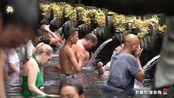 巴厘岛神奇的泉水,千年不断,再凶煞的人到此也恭敬谦卑