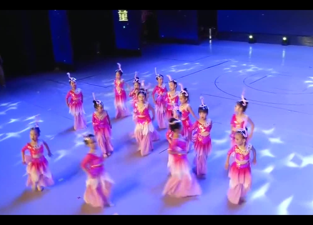 儿童舞蹈《美人鱼》