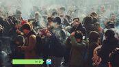 新年第一天去雍和宫烧香:当代年轻人的秘密只敢说给佛听