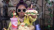 【百变阿姨】Caprese CafSandwich(素食)大蒜片希腊酸奶冰沙(2019年8月20日10时0分)