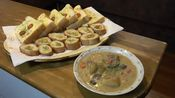 【日本家庭料理】法式芝士烤面包和奶油炖菜。