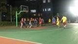 篮球是团队运动,所以必须要注意配合!