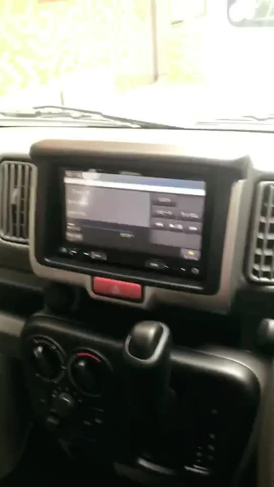开日本车,听汪峰的歌