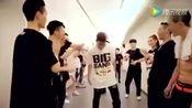 李昇炫帅气秀舞蹈