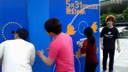 让小萝莉和外国美女www.5ga.com齐动心的礼盒