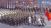 帅爆炸了!外出旅游看到中国军人!这是我见过最帅的一段视频