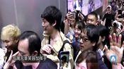 坂口健太郎来台机场暴动 粉丝超级热情