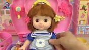 姐姐的化妆箱健达奇趣蛋里樱花发夹玩具