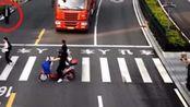 距离人行道仅1米远,老人却没有守规矩,这种事故司机有错吗