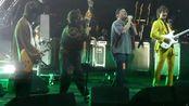 美国独立摇滚乐队The Strokes & 加拿大音乐鬼才Mac DeMarco - 2019.12.31跨年演唱会现场 6