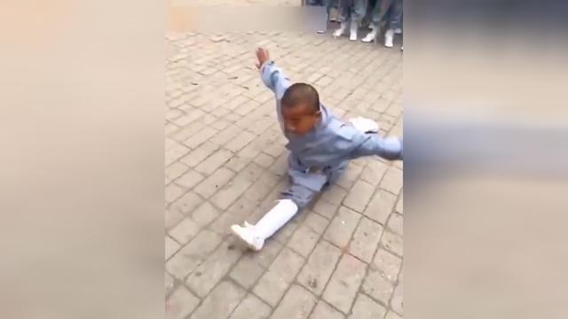 少林小子——六岁小王宝强