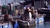 依山傍海顿顿海鲜,吃喝拉撒在船上,你羡慕吗