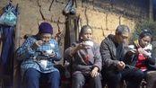 农村小英子:英子用4种豆子磨豆浆,早餐喝一碗,营养丰富又健康