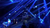 """致敬经典,9月28日凌晨,中国知名摇滚乐歌手臧天朔逝世,享年54岁。""""朋友江湖终已远!"""""""