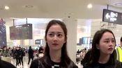 陈钰琪现身机场,有很多粉丝一路跟随,暖心提醒她们小心看路