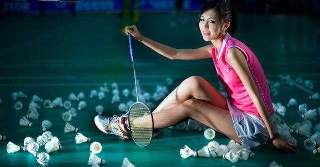 羽毛球教程|反手上方网前吊球