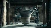 铜钟突然有了异响,众人以为是杨露禅的过错,陈栽秧收服了铜钟