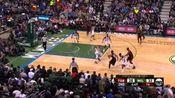 NBA比赛日德罗赞迎难而上直捣黄龙!今天北境之王出场40分钟,22投12中,罚球9中9,砍下全场最高的33分,外加9个篮板、5次助攻和4次抢断。率队擒下雄鹿,夺回主场优势。