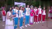 高能少年团:一群女生突然跳舞涌过来,王俊凯不自觉地往后退