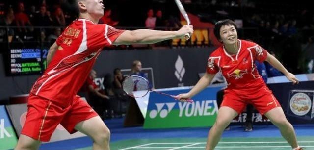 羽毛球教程|双打发球规则
