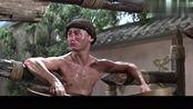少林搭棚大师:小伙想要用水,可就是得不到,洗头发可真难!