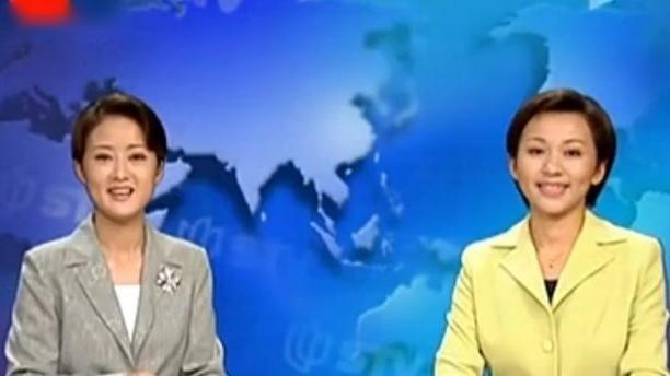 央视欧阳夏丹十多年前在上海台的青涩主持