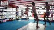 Muay Thai Sparring No Shin Guards_ Saenchai vs Sin