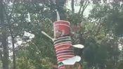 """圆明园的垃圾桶""""告诉""""我,在假期摆地摊卖泡面,可以捞一大笔!"""